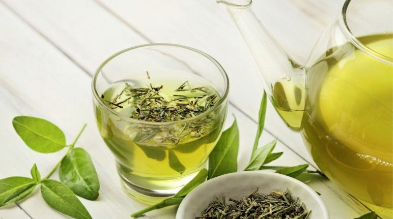 Green tea contains natural antioxidants, help immunity and slow down ageing